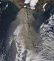 Eruption of Eyjafjallajökull Volcano, Iceland April 17 Detail.jpg