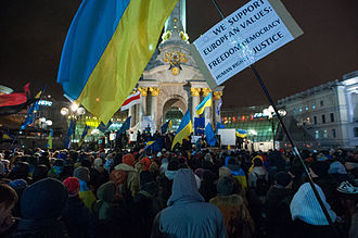 1 December 2013 Euromaidan riots - Protesters on Maidan on the night of 30 November