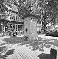 Exterieur OVERZICHT HARDSTENEN POMP MET BRONZEN WATERUITLATEN IN DE VORM VAN LEEUWENKOPPEN (1844) - Utrecht - 20339932 - RCE.jpg