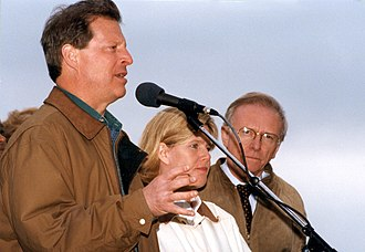 Zell Miller - Image: FEMA 9348 Photograph by Dave Saville taken on 03 20 1998 in Georgia