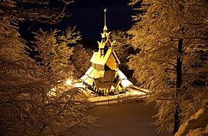 Fantoft Stave Church - Image: Fantoft stavkirke tunli