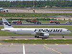 Finnair Airbus A321-211 OH-LZE at HEL 05JUN2015.JPG