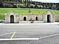 Fontaine-abreuvoir, près de la mairie. (2).jpg
