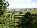 Footpath to Darlingscott and view east - geograph.org.uk - 1924329.jpg