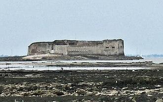 Fort Énet - Image: Fort Enet Pointe de la Fumee