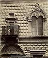 Fotografia dell'Emilia - n. 185 - Bologna - Dettaglio del palazzo Bevilacqua.jpg