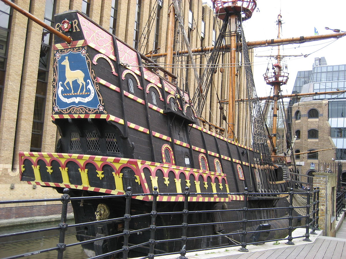 Golden hind wikipedia for Replica mobel england