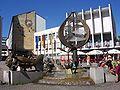Friedrichshafen Rathaus Brunnen.jpg