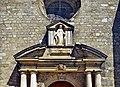Fronton église Domme.jpg