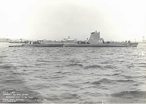 Gür (D-3) off the Philadelphia Navy Yard 2.jpg