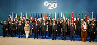 2014 G20 Brisbane summit - The G20 leaders wave on the final day of the forum