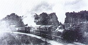 GWR 517 Class - GWR 517 Class on a mixed train, 19th century