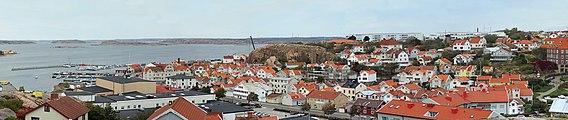 Gamlestan and North Harbor Lysekil.jpg