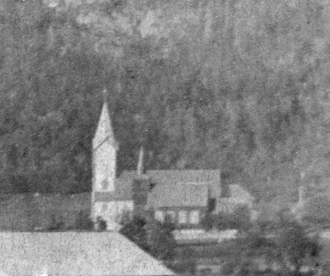 Åfjord Church - View of the church with the old church right next to it
