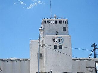 Garden City, Kansas - Garden City Cooperative grain elevator (2010)