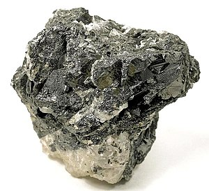 Geikielite - Crystals of geikielite from the Maxwell quarry, Chelsea, Outaouais, Québec, Canada