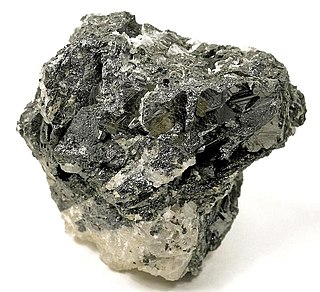 Geikielite oxide mineral