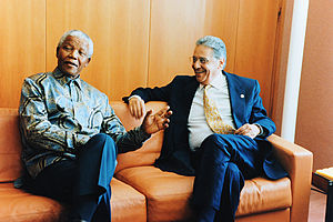 Fernando Henrique Cardoso - Cardoso with South African President Nelson Mandela at the World Trade Organization Ministerial Conference in Geneva, Switzerland, May 18, 1998