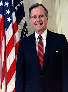 Portrait officiel de George H. W. Bush, en 1989.