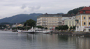 Gmunden's lakefront on a cloudy summer's day