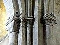 Gournay-en-Bray (76), collégiale St-Hildevert, croisée du transept, chapiteaux dans l'angle nord-ouest.jpg