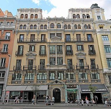 Gran Vía 12 (Madrid) 01.jpg