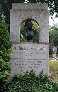 Grave Schmidt August.jpg
