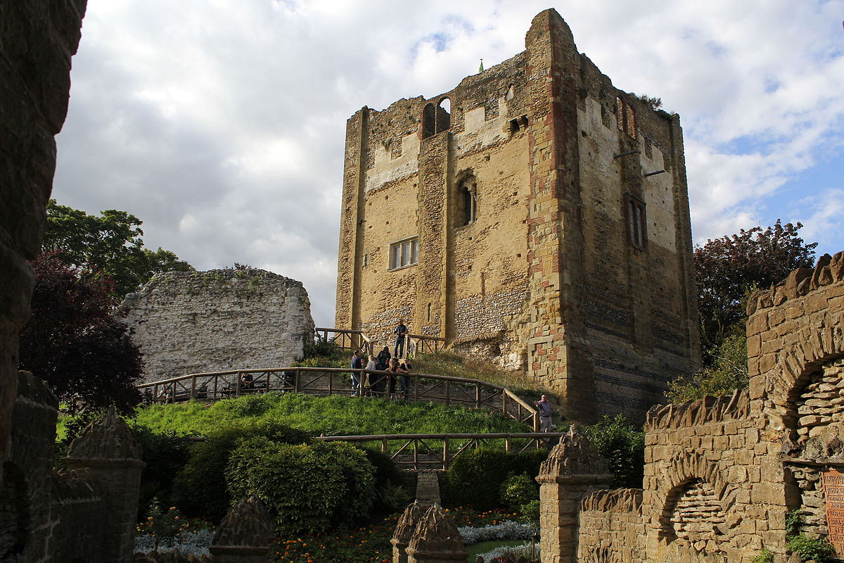 guildford castle wikipedia - Painted Wood Castle 2015