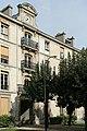 Hôpital Fernand-Widal, jardin 01.jpg