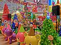 HK 觀塘 Kwun Tong 創紀之城五期 APM mall Xmas stage singers n trees n toys Dec-2013.JPG