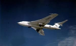 Handley Page Victor B.1 in flight c1957.jpg