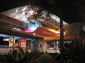 Hang Tuah station - Image: Hang Tuah station (Kuala Lumpur Monorail) (exterior), Kuala Lumpur