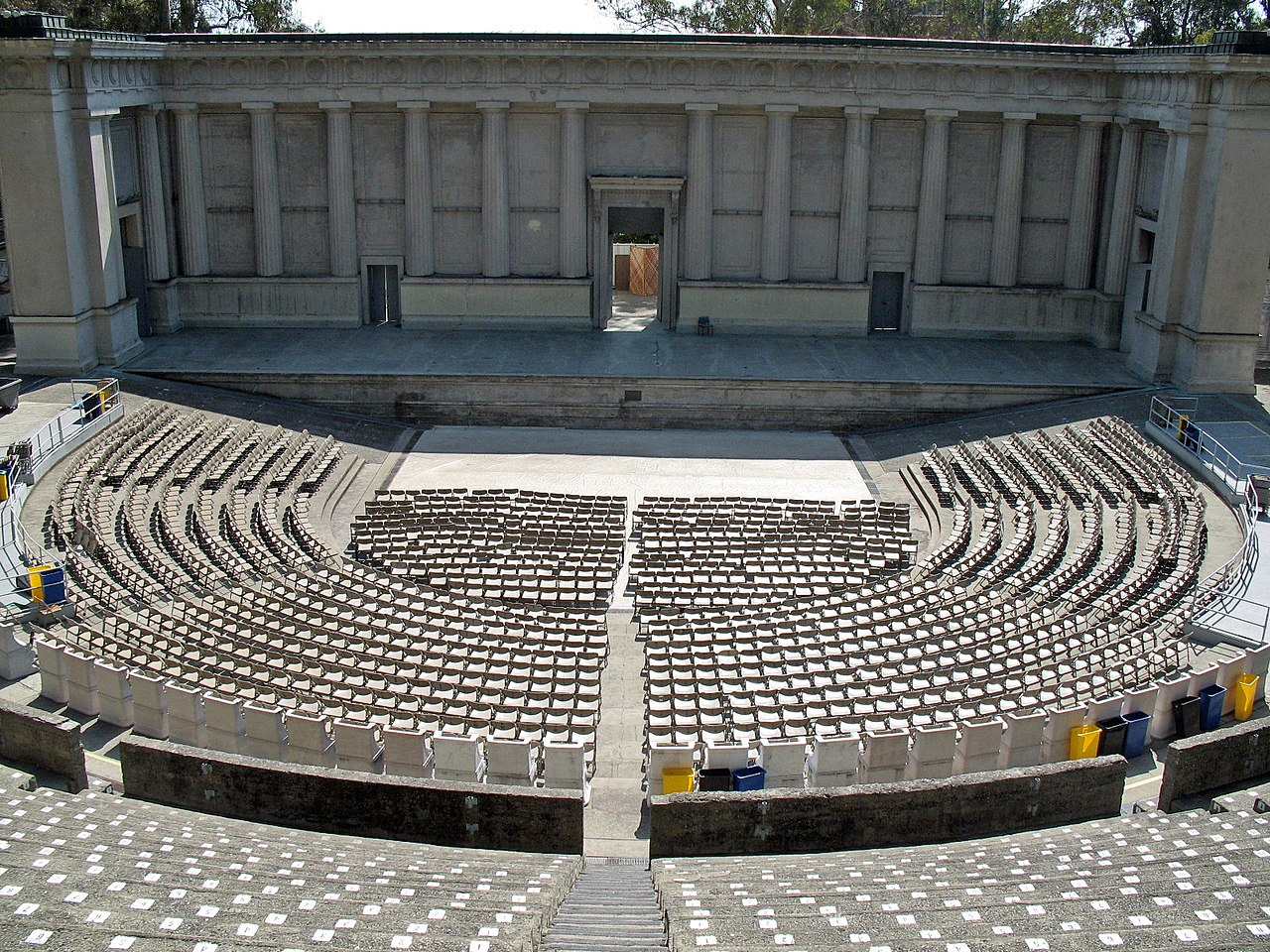 greek theatre staging To the ancient greeks, theater was a form of entertainment taken very seriously people would come from all across the greek world to attend the popular theaters held in open air amphitheater.