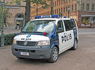 Police of Finland - A Finnish police van featuring vanity plates promoting the common European emergency telephone number 1-1-2