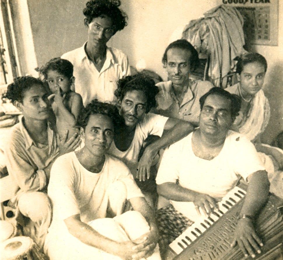 Hemango with Debabrata Biswas, Omar Sheikh, Niranjan Sen and others. Pic courtesy Hemango Biswas%27s family