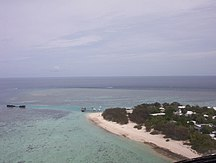 Heron Island-History-Heron Island, Australia - Harbour and HIRS from helicopter