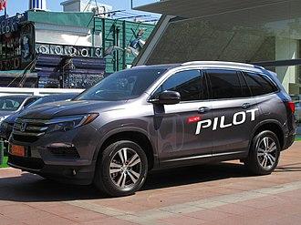 Honda Pilot - Pre-facelift 3rd Generation Pilot