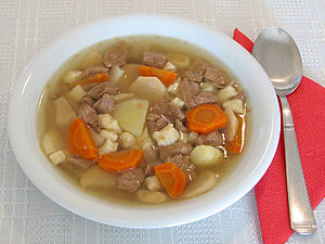 English: Home-made Hungarian goulash soup. Mag...