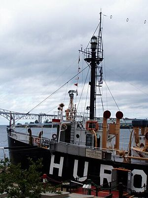 English: Huron Light Ship Museum in the St. Cl...