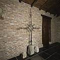 IJzeren torenkruis uit de 16e eeuw afkomstig van kasteel Heeswijk - Heeswijk - 20397429 - RCE.jpg