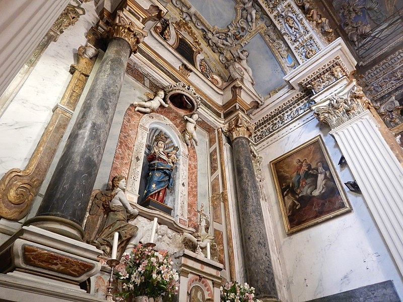 File:Intérieur de l'Église Saint-Jacques-le-Majeur Nice, Southern France 14.jpg