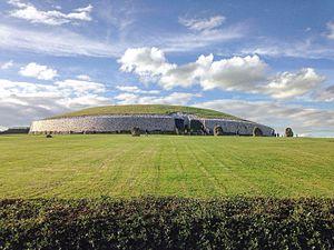Newgrange - Image: Irelands history
