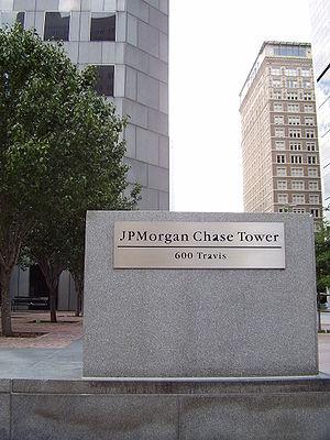 JPMorgan Chase Tower (Houston) - Image: JP Morgan Chase Tower Entrance Houston TX