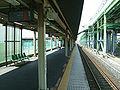 JREast-Tohoku-main-line-Higashi-washinomiya-station-platform-1.jpg