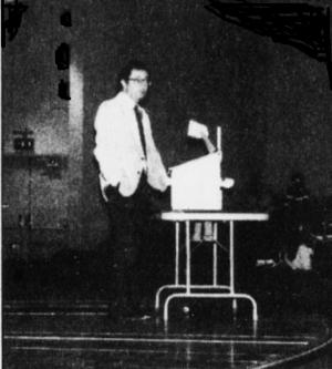 John Kaplan (law professor) - John Kaplan lecturing at Stanford University with hand in pocket