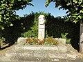 Juillé (Sarthe) mémorial général Leclerc, libérateur.jpg