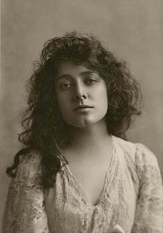 Julia Marlowe - Image: Julia Marlowe photograph (cropped)