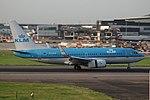 KLM Boeing 737-700 PH-BGK (36793905562).jpg