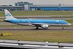 KLM Cityhopper, PH-EZT, Embraer ERJ-190STD (27860610183).jpg