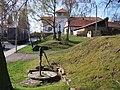 Kamenice-Ládví, Benešovská 175, 173, pumpa, Jan Nepomucký.jpg